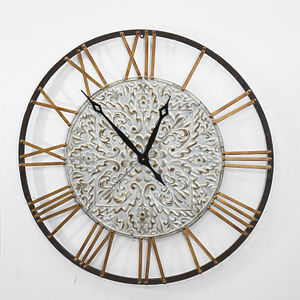 Vintage Round Handcraft Metal Wall Clock Home Decoration