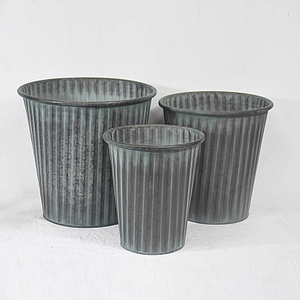 set 3 rustic farmhouse style galvanized metal planter